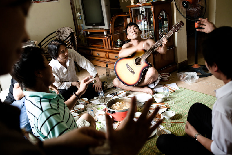 When Mr. Viet has some free time he often invites some of his friends to come over to eat, drink, sing and play music. He loves playing music and has even recorded a couple of educational songs to tell drug users not to share used needles. - Hai Phong, Vietnam - Client: CESVI - Donor awareness